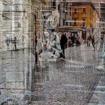 Bevilacqua - Al telefono gli altri sono trasparenti